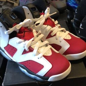 Shoes - Jordan Retro 6s Carmine